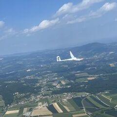 Flugwegposition um 13:37:56: Aufgenommen in der Nähe von Gemeinde Mortantsch, 8160, Österreich in 1221 Meter