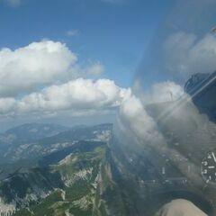 Flugwegposition um 13:55:58: Aufgenommen in der Nähe von Gemeinde Neuberg an der Mürz, 8692, Österreich in 2450 Meter