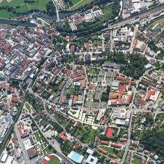 Flugwegposition um 13:07:43: Aufgenommen in der Nähe von Cham, Deutschland in 1402 Meter