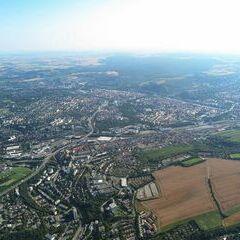 Flugwegposition um 15:51:21: Aufgenommen in der Nähe von Kreisfreie Stadt Würzburg, Würzburg, Deutschland in 988 Meter