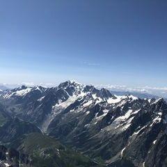 Flugwegposition um 13:37:37: Aufgenommen in der Nähe von 11010 Saint-Rhémy-en-Bosses, Aostatal, Italien in 4695 Meter