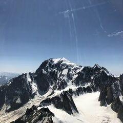 Flugwegposition um 13:46:29: Aufgenommen in der Nähe von Arrondissement de Bonneville, Frankreich in 4061 Meter