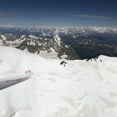 Flugwegposition um 14:22:33: Aufgenommen in der Nähe von 11013 Courmayeur, Aostatal, Italien in 4700 Meter