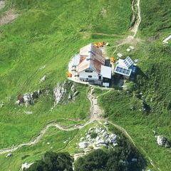 Flugwegposition um 13:24:30: Aufgenommen in der Nähe von Weng im Gesäuse, 8913, Österreich in 2267 Meter