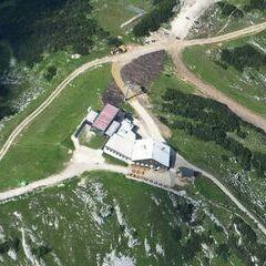 Flugwegposition um 13:47:26: Aufgenommen in der Nähe von Gemeinde Wildalpen, 8924, Österreich in 2584 Meter