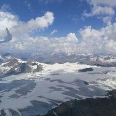 Flugwegposition um 13:07:34: Aufgenommen in der Nähe von 39027 Graun im Vinschgau, Südtirol, Italien in 3853 Meter