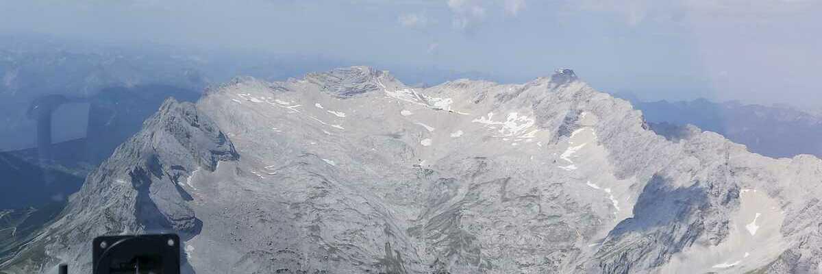 Flugwegposition um 10:49:30: Aufgenommen in der Nähe von Garmisch-Partenkirchen, Deutschland in 2888 Meter