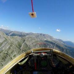 Flugwegposition um 13:51:37: Aufgenommen in der Nähe von Arrondissement de Digne-les-Bains, Frankreich in 2472 Meter