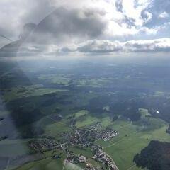 Flugwegposition um 15:12:55: Aufgenommen in der Nähe von Ostallgäu, Deutschland in 1592 Meter