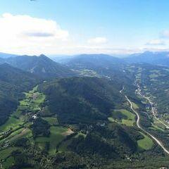 Flugwegposition um 11:32:28: Aufgenommen in der Nähe von Gemeinde Raach am Hochgebirge, 2640, Österreich in 1475 Meter