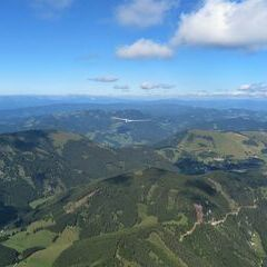 Flugwegposition um 13:16:24: Aufgenommen in der Nähe von Gemeinde Fladnitz an der Teichalm, 8163, Österreich in 1996 Meter
