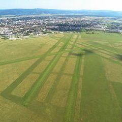 Flugwegposition um 14:58:07: Aufgenommen in der Nähe von Wiener Neustadt, Österreich in 722 Meter