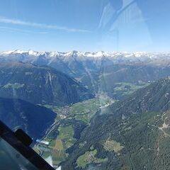 Flugwegposition um 13:44:49: Aufgenommen in der Nähe von 39030 Gais, Südtirol, Italien in 2702 Meter