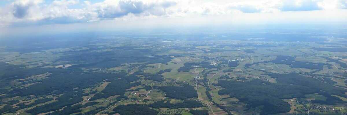 Flugwegposition um 12:09:40: Aufgenommen in der Nähe von Municipality of Puconci, Slowenien in 1516 Meter