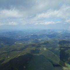 Flugwegposition um 13:30:54: Aufgenommen in der Nähe von Gemeinde Reichenau an der Rax, Österreich in 2041 Meter