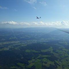 Verortung via Georeferenzierung der Kamera: Aufgenommen in der Nähe von Gemeinde Ternitz, Österreich in 2000 Meter