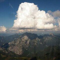 Flugwegposition um 14:18:50: Aufgenommen in der Nähe von Gaishorn am See, Österreich in 2214 Meter