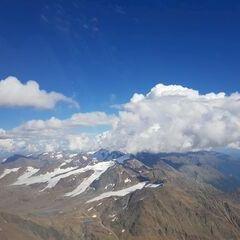 Flugwegposition um 13:56:43: Aufgenommen in der Nähe von 39020 Schnals, Südtirol, Italien in 3719 Meter