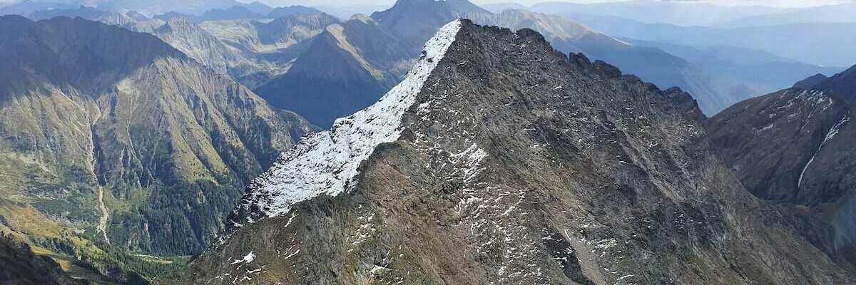 Flugwegposition um 11:51:43: Aufgenommen in der Nähe von Gemeinde Göriach, 5574, Österreich in 2760 Meter