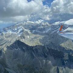 Flugwegposition um 12:57:06: Aufgenommen in der Nähe von Gemeinde Hüttschlag, 5612, Österreich in 2975 Meter
