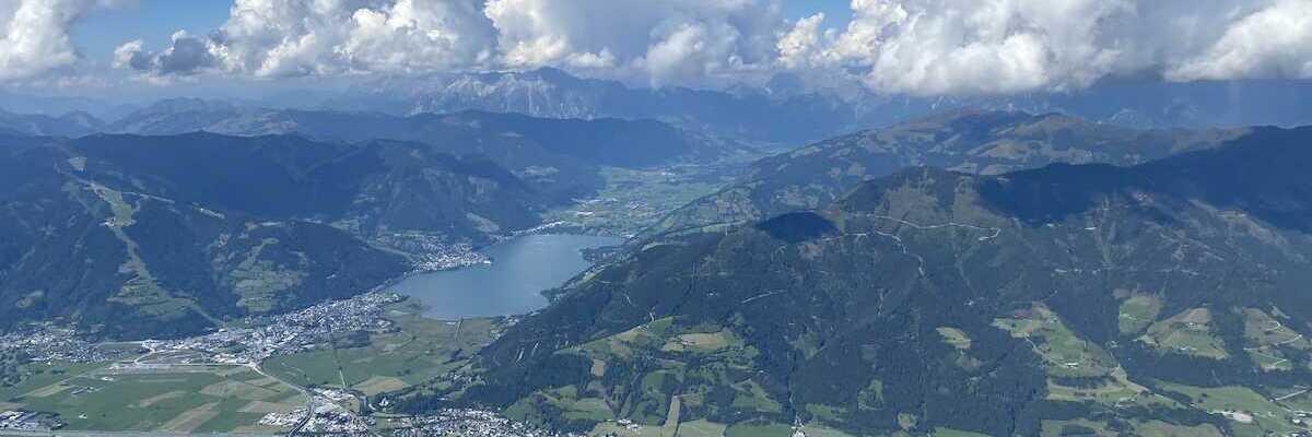 Flugwegposition um 12:33:45: Aufgenommen in der Nähe von Gemeinde Fusch an der Großglocknerstraße, 5672 Fusch an der Großglocknerstraße, Österreich in 2531 Meter