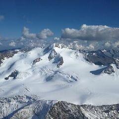 Flugwegposition um 14:32:35: Aufgenommen in der Nähe von Gemeinde St. Leonhard im Pitztal, 6481, Österreich in 3548 Meter