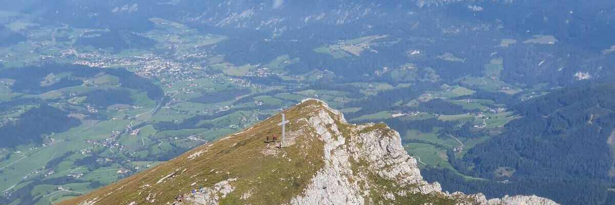 Flugwegposition um 08:35:22: Aufgenommen in der Nähe von Hall, 8911 Hall, Österreich in 2172 Meter