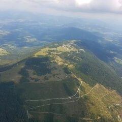 Flugwegposition um 09:43:27: Aufgenommen in der Nähe von Gemeinde Stattegg, Österreich in 1899 Meter