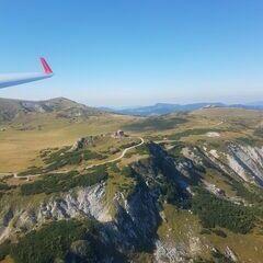 Flugwegposition um 13:44:09: Aufgenommen in der Nähe von Altenberg an der Rax, Österreich in 1754 Meter