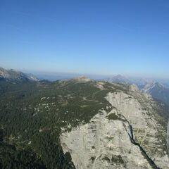 Flugwegposition um 15:39:20: Aufgenommen in der Nähe von Weißenbach bei Liezen, 8940, Österreich in 2010 Meter