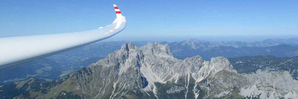 Flugwegposition um 11:50:49: Aufgenommen in der Nähe von Gemeinde Filzmoos, 5532, Österreich in 2475 Meter