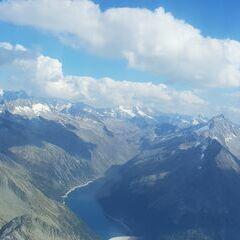 Flugwegposition um 14:17:53: Aufgenommen in der Nähe von Gemeinde Brandberg, 6290, Österreich in 3043 Meter