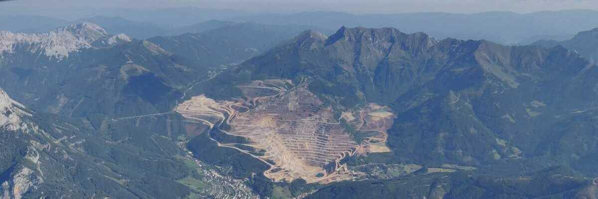Verortung via Georeferenzierung der Kamera: Aufgenommen in der Nähe von Eisenerz, Österreich in 2800 Meter