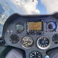 Flugwegposition um 12:20:01: Aufgenommen in der Nähe von Gemeinde Steinberg am Rofan, Österreich in 2465 Meter
