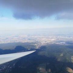 Flugwegposition um 13:49:53: Aufgenommen in der Nähe von Gemeinde Markt Piesting, Österreich in 1655 Meter
