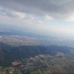 Flugwegposition um 13:49:49: Aufgenommen in der Nähe von Gemeinde Markt Piesting, Österreich in 1646 Meter