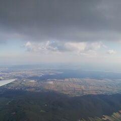 Flugwegposition um 13:49:46: Aufgenommen in der Nähe von Gemeinde Markt Piesting, Österreich in 1644 Meter