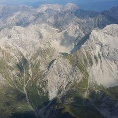 Flugwegposition um 14:20:03: Aufgenommen in der Nähe von Gemeinde Zams, Österreich in 3124 Meter