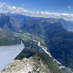 Flugwegposition um 10:27:19: Aufgenommen in der Nähe von Gemeinde Bovec, Slowenien in 2284 Meter