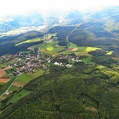Flugwegposition um 12:05:08: Aufgenommen in der Nähe von Gemeinde Hernstein, 2560, Österreich in 1282 Meter