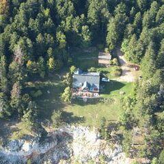 Flugwegposition um 13:58:53: Aufgenommen in der Nähe von Gemeinde Höflein an der Hohen Wand, Österreich in 1223 Meter