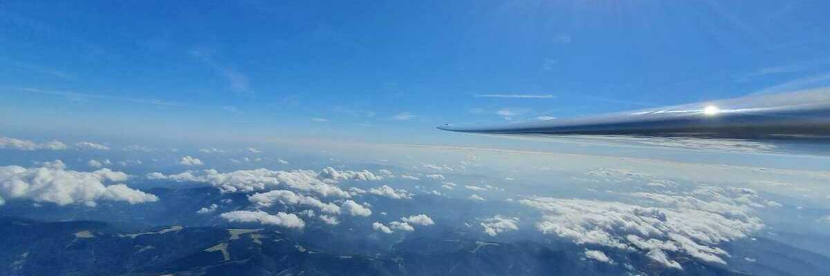 Flugwegposition um 12:26:22: Aufgenommen in der Nähe von Gemeinde Schottwien, Österreich in 3705 Meter