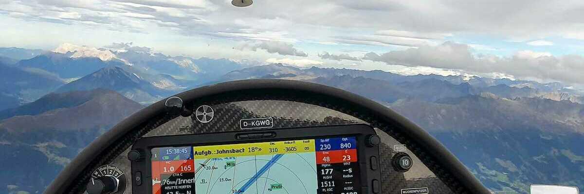 Flugwegposition um 13:38:45: Aufgenommen in der Nähe von Gemeinde Fiss, Österreich in 3449 Meter