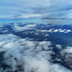 Flugwegposition um 09:02:20: Aufgenommen in der Nähe von Hall, 8911 Hall, Österreich in 5324 Meter