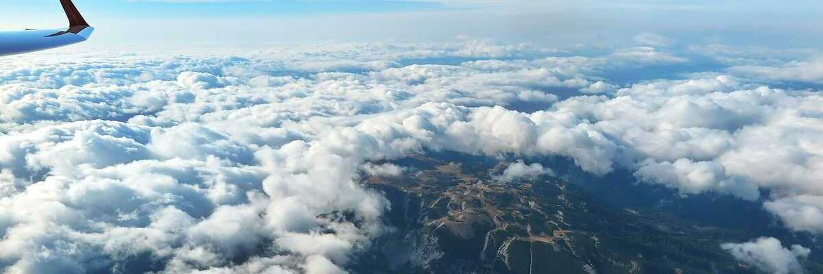 Flugwegposition um 07:39:42: Aufgenommen in der Nähe von Gemeinde Schwarzau im Gebirge, Österreich in 3251 Meter