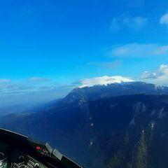 Flugwegposition um 14:53:39: Aufgenommen in der Nähe von Gemeinde Schwarzau im Gebirge, Österreich in 1630 Meter