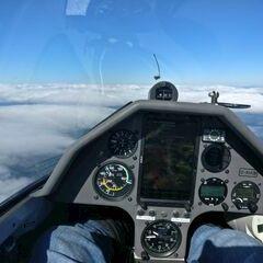 Flugwegposition um 11:43:37: Aufgenommen in der Nähe von Gemeinde Thannhausen, 8160, Österreich in 3106 Meter