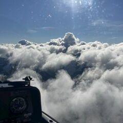 Flugwegposition um 08:15:47: Aufgenommen in der Nähe von Gemeinde Feistritz im Rosental, Feistritz im Rosental, Österreich in 2127 Meter