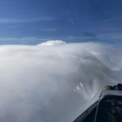Flugwegposition um 08:37:43: Aufgenommen in der Nähe von Gemeinde Zell, Österreich in 2697 Meter
