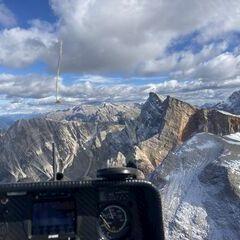 Flugwegposition um 12:44:29: Aufgenommen in der Nähe von 39030 Enneberg, Autonome Provinz Bozen - Südtirol, Italien in 2696 Meter